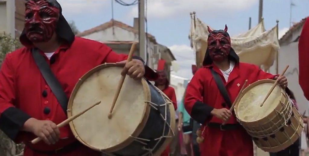 Documental sobre la fiestas tradicionales de la Comarca de la Siberia (Extremadura)